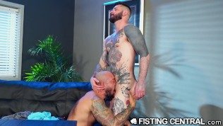 Going knuckle deep The Workplace Mega-bitch – FistingCentral